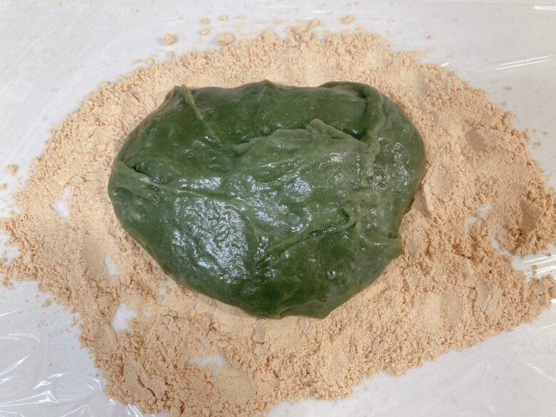 ヨモギ餅ときな粉